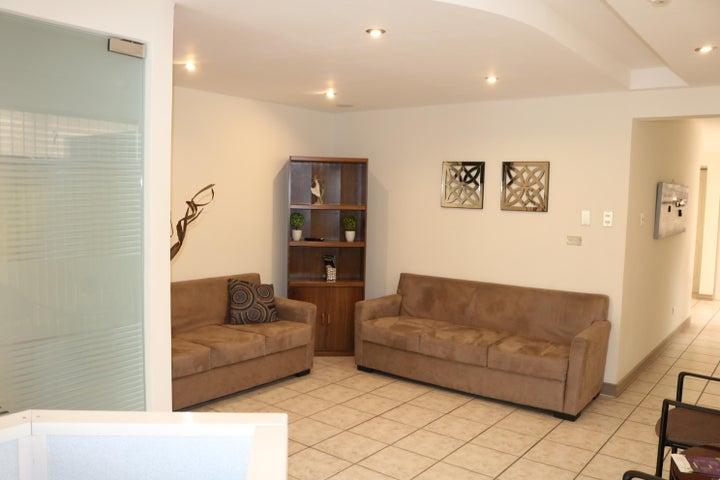 Oficina San Jose>San Antonio>Goicoechea - Alquiler:375 US Dollar - codigo: 19-555