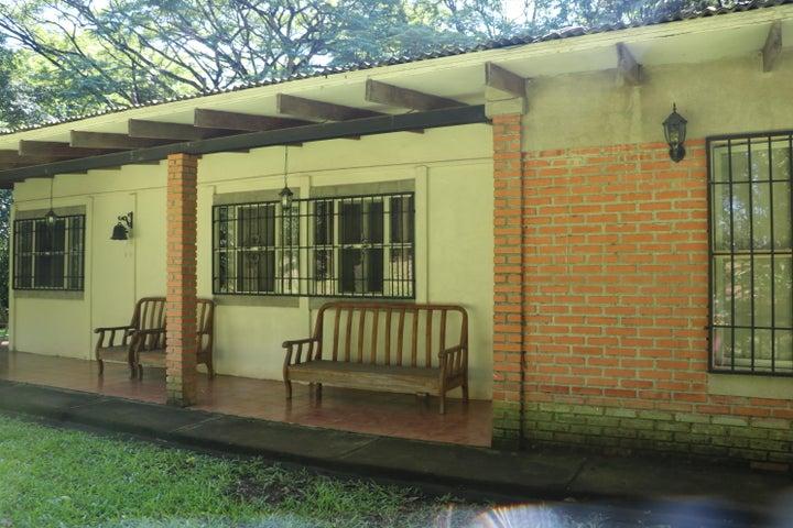 Terreno San Jose>Brasil de Santa Ana>Santa Ana - Venta:890.500 US Dollar - codigo: 19-566