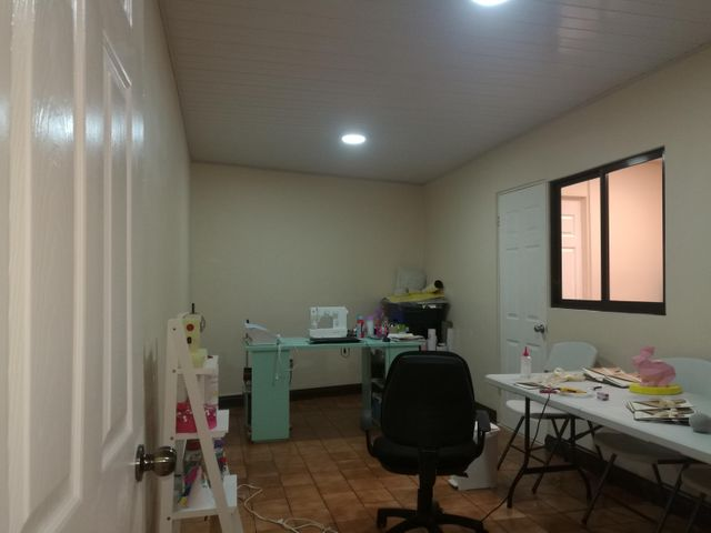 Oficina Heredia>Heredia Centro>Heredia - Venta:125.000 US Dollar - codigo: 19-577
