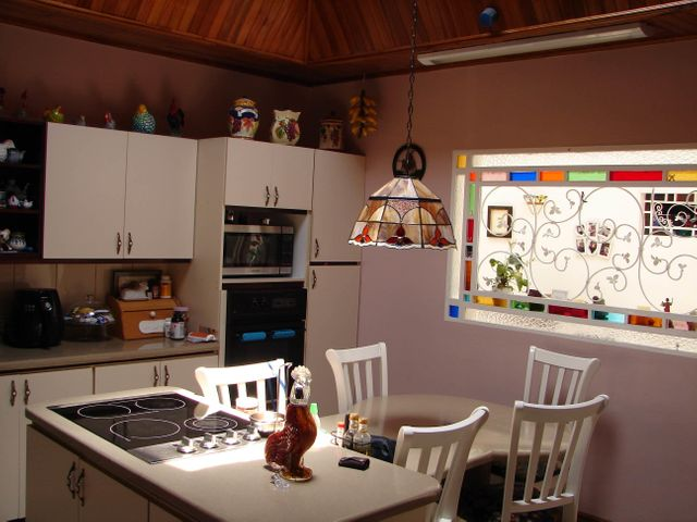 Casa San Jose>San Pedro>Montes de Oca - Venta:380.000 US Dollar - codigo: 19-601