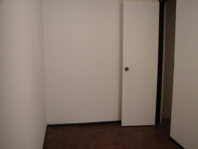 Edificio San Jose>San Pedro>Montes de Oca - Venta:228.000 US Dollar - codigo: 19-610