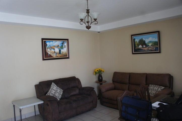 Casa Cartago>Cartago Centro>Cartago - Venta:96.500 US Dollar - codigo: 19-637