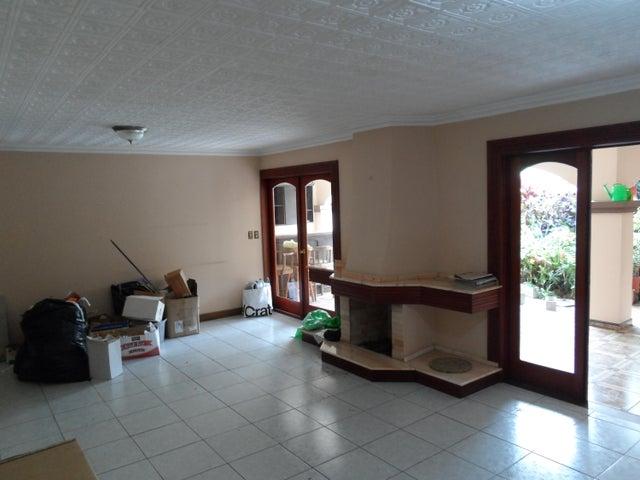 Casa San Jose>San Pedro>Montes de Oca - Venta:350.000 US Dollar - codigo: 19-643