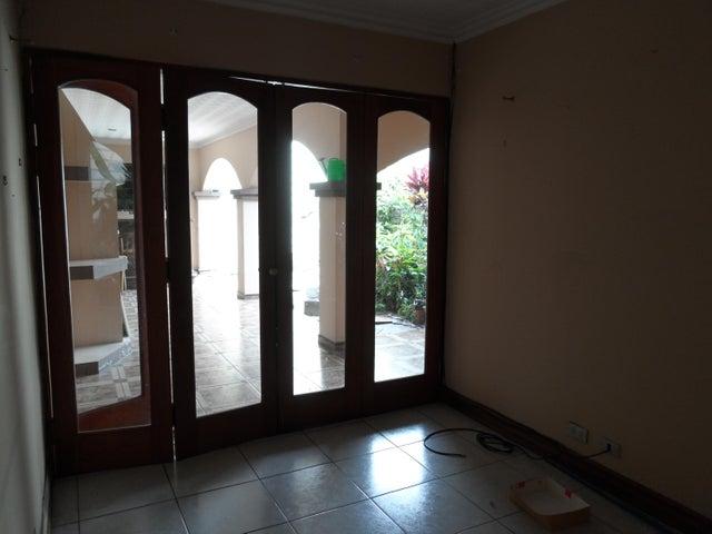 Casa San Jose>San Pedro>Montes de Oca - Alquiler:1.500 US Dollar - codigo: 19-644