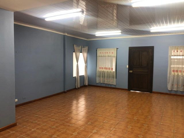 Local comercial San Jose>Guadalupe>Goicoechea - Alquiler:500 US Dollar - codigo: 19-659
