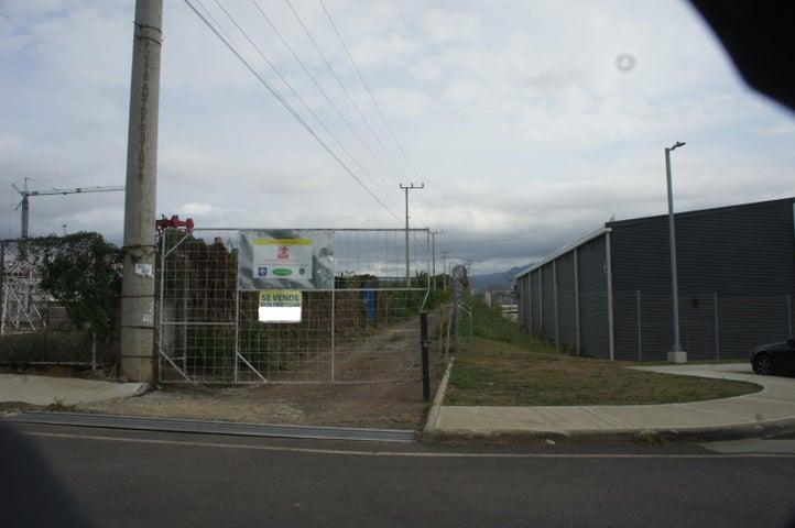 Terreno Heredia>Santa Rosa>Santo Domingo - Alquiler:700.000 US Dollar - codigo: 19-663