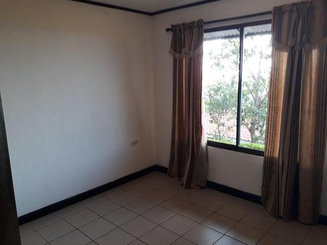 Casa San Jose>Ciudad Colon>Mora - Alquiler:500 US Dollar - codigo: 19-667