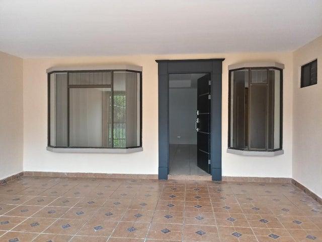 Casa San Jose>Moravia>Moravia - Venta:165.000 US Dollar - codigo: 19-691