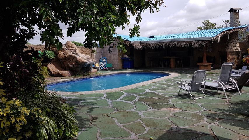 Casa Alajuela>San Pedro>Poas - Venta:600.000 US Dollar - codigo: 19-730