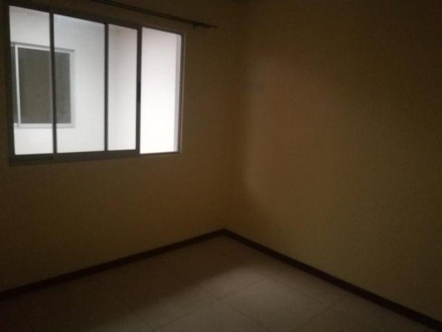 Apartamento San Jose>Guayabos de Curridabat>Curridabat - Alquiler:500 US Dollar - codigo: 19-744