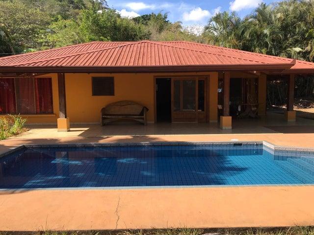 Casa Alajuela>Atenas>Atenas - Venta:210.000 US Dollar - codigo: 19-756