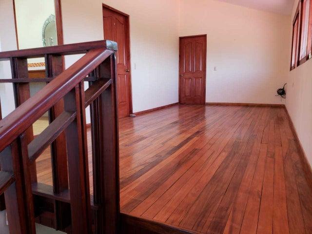 Casa San Jose>Escazu>Escazu - Venta:395.000 US Dollar - codigo: 19-759