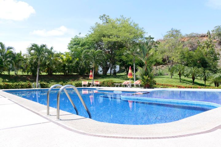 Terreno Puntarenas>Punta Leona>Garabito - Venta:70.000 US Dollar - codigo: 19-762