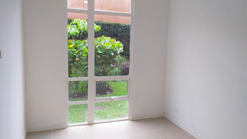 Apartamento San Jose>Sabanilla>Montes de Oca - Alquiler:700 US Dollar - codigo: 19-777