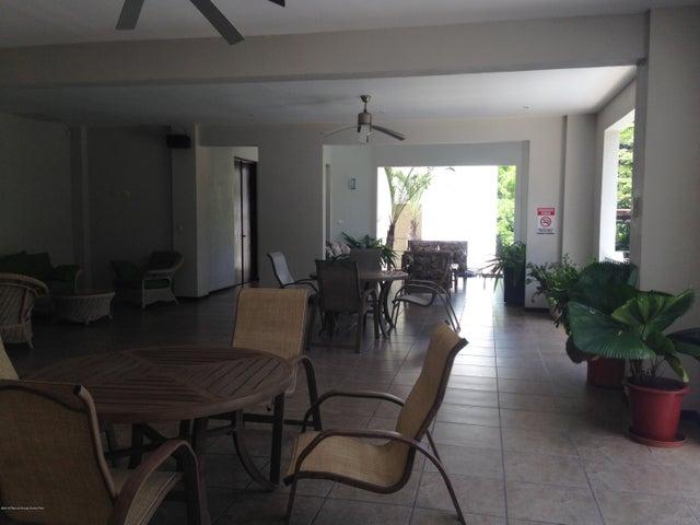 Terreno San Jose>Ciudad Colon>Mora - Venta:289.649 US Dollar - codigo: 19-816