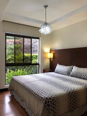Apartamento San Jose>Santa Ana>Santa Ana - Alquiler:1.100 US Dollar - codigo: 19-837