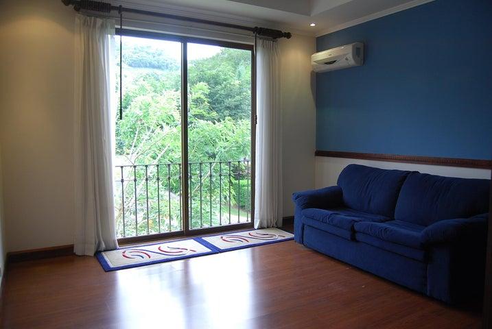 Casa San Jose>Rio Oro>Santa Ana - Venta:550.000 US Dollar - codigo: 19-858