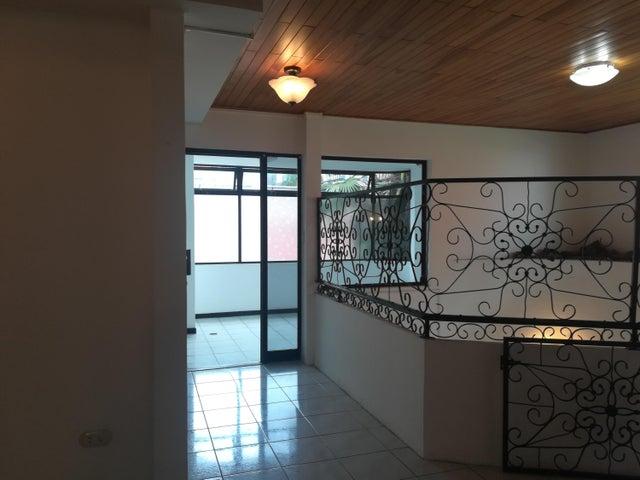 Apartamento San Jose>Pavas>San Jose - Alquiler:800 US Dollar - codigo: 19-852