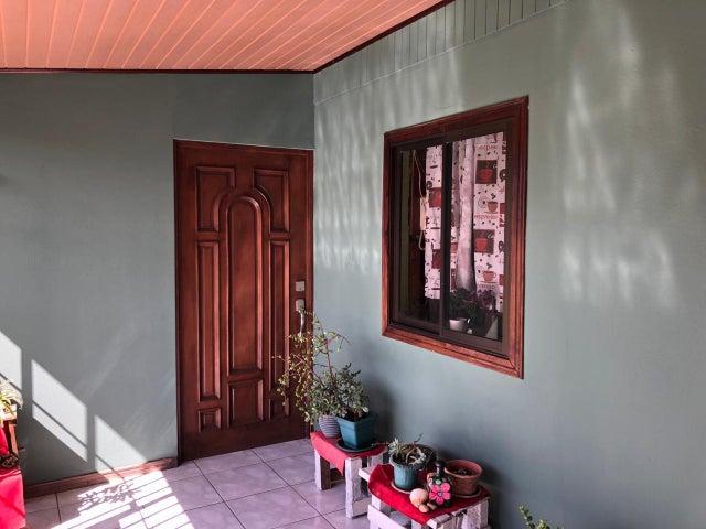 Casa Heredia>Flores>Heredia - Venta:290.000 US Dollar - codigo: 19-910