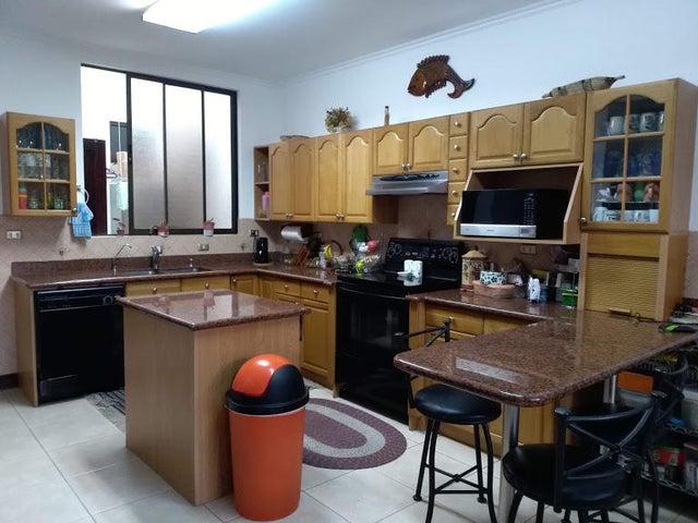 Casa San Jose>Moravia>Moravia - Venta:750.000 US Dollar - codigo: 19-955