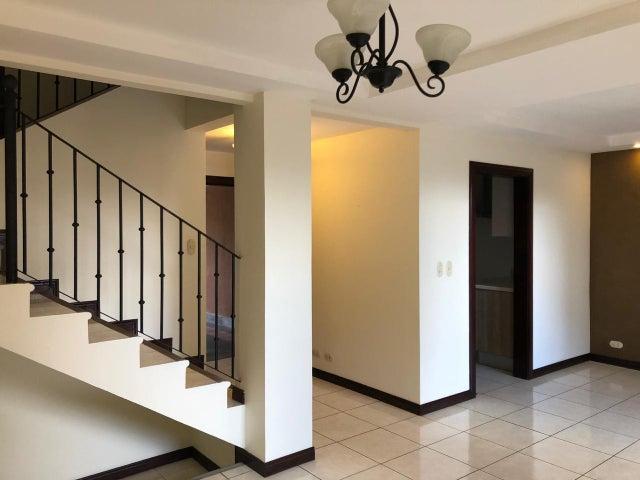 Casa San Jose>San Rafael Escazu>Escazu - Alquiler:1.650 US Dollar - codigo: 19-935