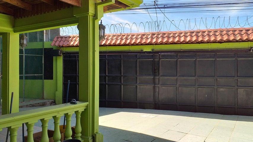 Casa Cartago>Guadalupe>Cartago - Venta:260.000 US Dollar - codigo: 19-942