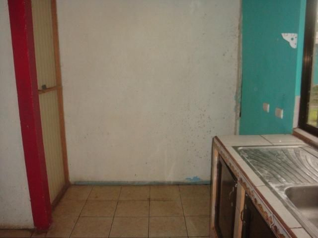 Casa Limon>Guapiles>Pococi - Venta:28.000 US Dollar - codigo: 19-944