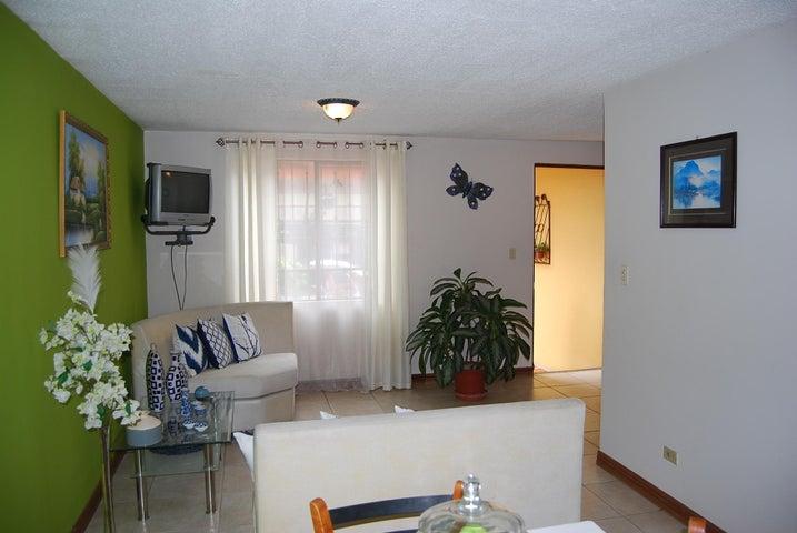 Casa San Jose>Pozos>Santa Ana - Venta:180.000 US Dollar - codigo: 19-1069