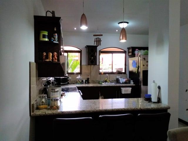 Casa Heredia>San Francisco de Heredia>Heredia - Venta:180.000 US Dollar - codigo: 19-1082