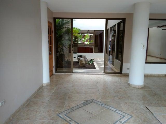 Casa Heredia>San Joaquin de Flores de Heredia>Heredia - Venta:285.000 US Dollar - codigo: 19-1091