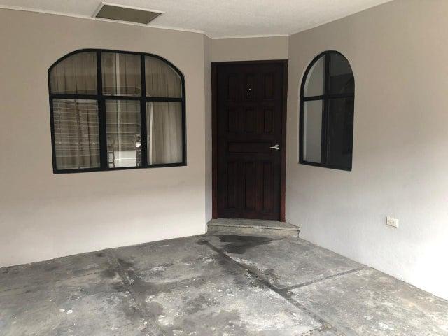 Casa San Jose>Granadilla>Curridabat - Venta:127.500 US Dollar - codigo: 19-1093