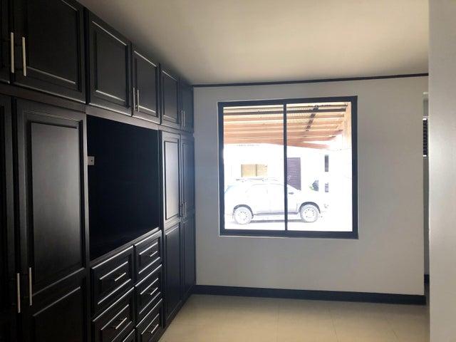 Casa Alajuela>El Coyol>Alajuela - Venta:130.000 US Dollar - codigo: 19-1143