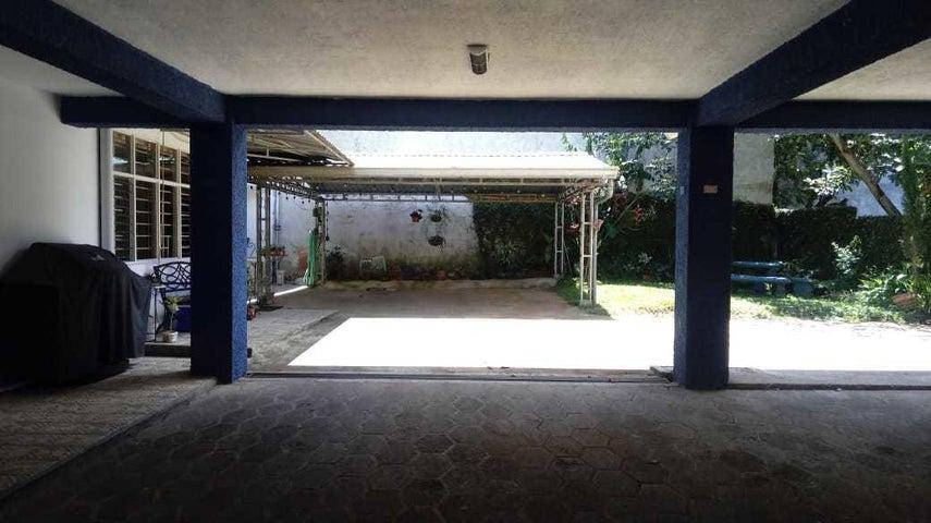 Apartamento San Jose>Pinares>Curridabat - Alquiler:850 US Dollar - codigo: 19-1145