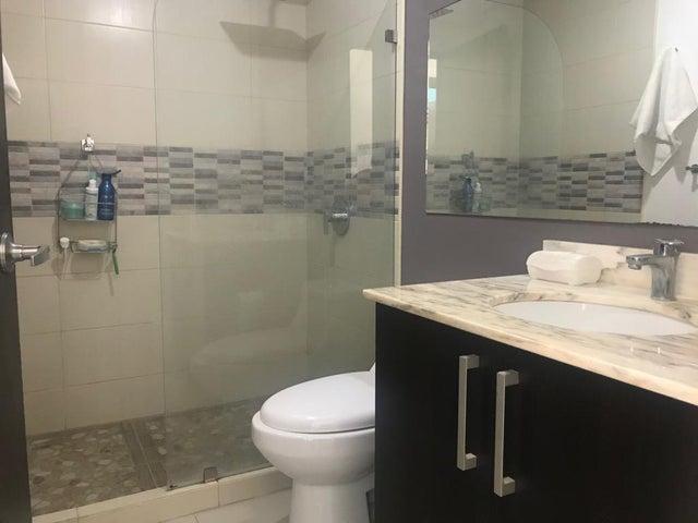 Apartamento San Jose>Santa Ana>Santa Ana - Venta:140.000 US Dollar - codigo: 19-1157