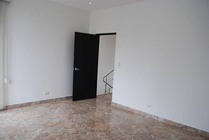 Casa San Jose>Santa Ana>Santa Ana - Venta:185.000 US Dollar - codigo: 19-1217