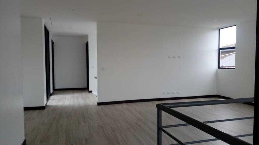 Casa San Jose>Santa Ana>Santa Ana - Venta:950.000 US Dollar - codigo: 19-1204