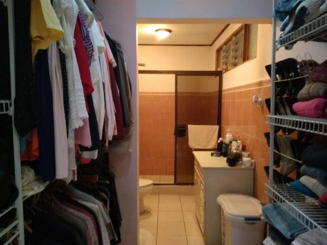 Casa San Jose>San Francisco de Dos Rios>San Jose - Venta:205.000 US Dollar - codigo: 19-1222