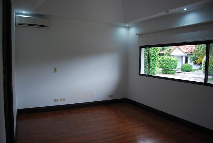 Casa San Jose>Pozos>Santa Ana - Venta:798.000 US Dollar - codigo: 19-926