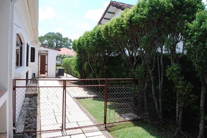 Casa San Jose>Pozos>Santa Ana - Alquiler:4.300 US Dollar - codigo: 19-925
