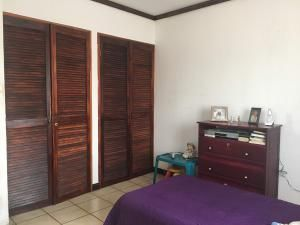 Casa Heredia>Ulloa>Heredia - Venta:135.000 US Dollar - codigo: 19-1214