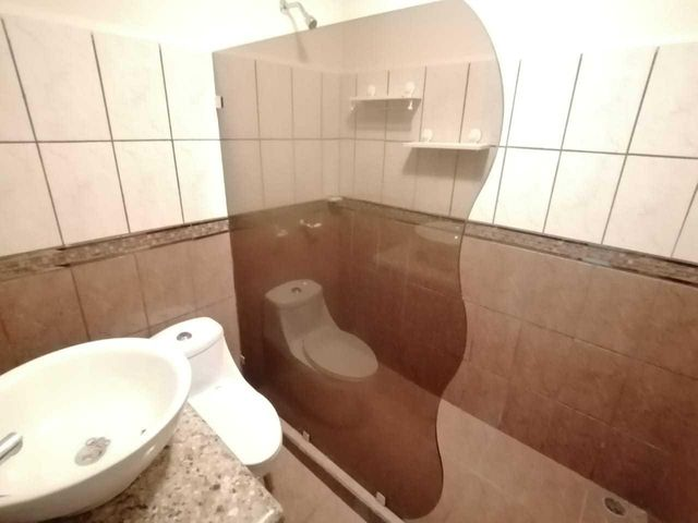 Casa San Jose>Lomas de Ayarco Sur>Curridabat - Venta:170.000 US Dollar - codigo: 19-1227