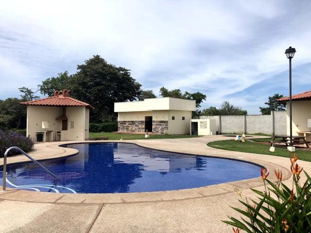 Casa Alajuela>El Coyol>Alajuela - Venta:130.000 US Dollar - codigo: 19-1144