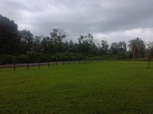 Terreno Limon>Oriental>Guacimo - Venta:465.000 US Dollar - codigo: 19-1245