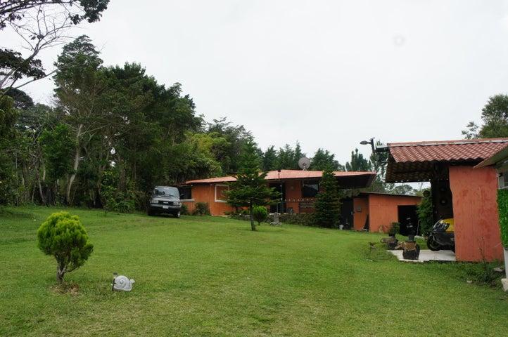 Casa Heredia>San Rafael de Heredia>San Rafael - Venta:700.000 US Dollar - codigo: 19-1307