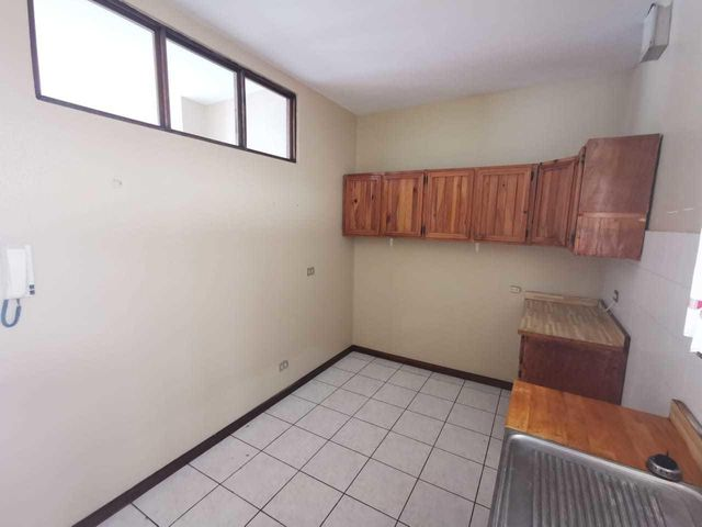 Apartamento San Jose>Escazu>Escazu - Alquiler:700 US Dollar - codigo: 19-1333