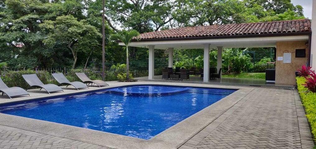 Casa San Jose>Rio Oro>Santa Ana - Venta:205.000 US Dollar - codigo: 19-1398