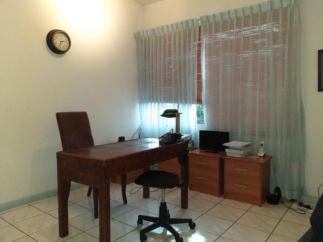 Casa San Jose>Escazu>Escazu - Venta:230.000 US Dollar - codigo: 19-1603