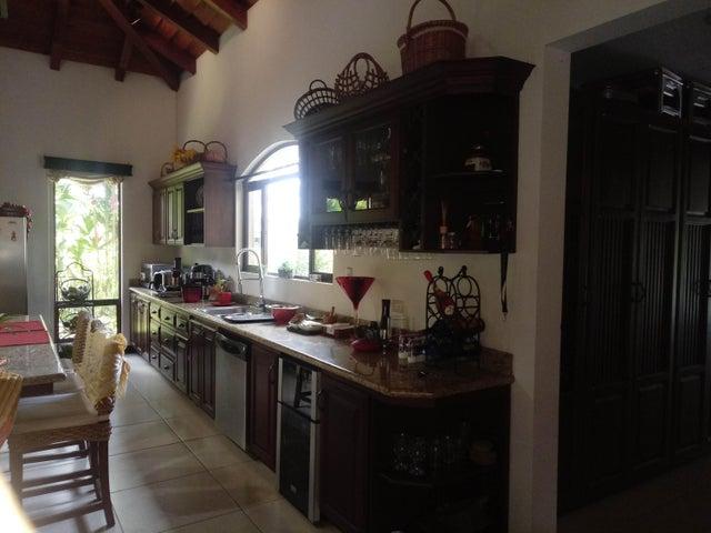 Casa Limon>Guapiles>Pococi - Venta:425.000 US Dollar - codigo: 19-1615