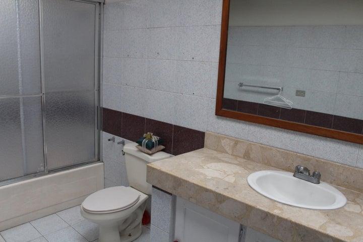 Apartamento Heredia>Belen>Belen - Venta:180.000 US Dollar - codigo: 19-1636