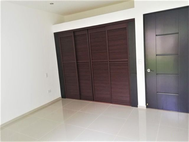 Apartamento San Jose>Pozos>Santa Ana - Venta:121.496 US Dollar - codigo: 19-1664